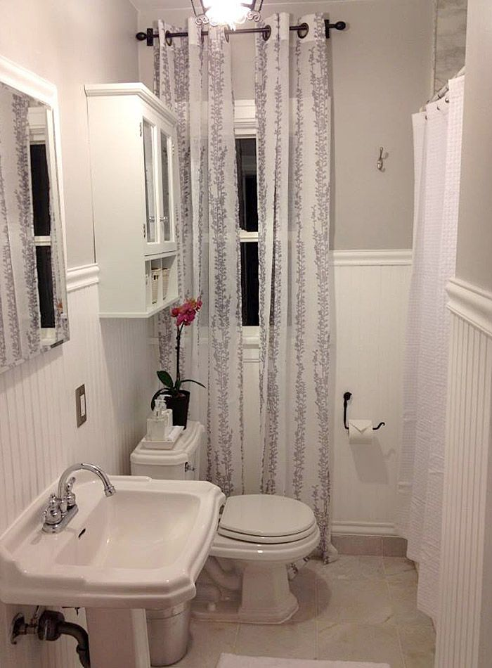 Bathroom remodeling ideas for older homes for less than for Remodeling bathroom ideas older homes