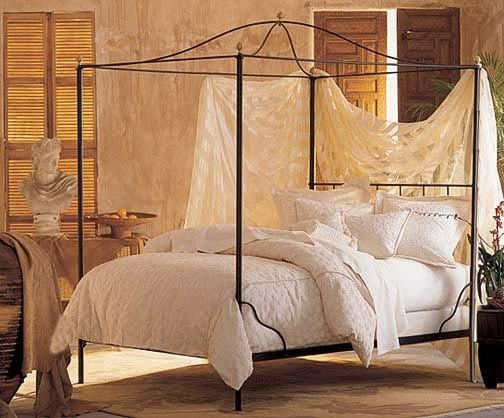 Nice iron canopy bed romantic canopy beds for little girls bell top canopy perfect for a princess themed bedroom photos 24