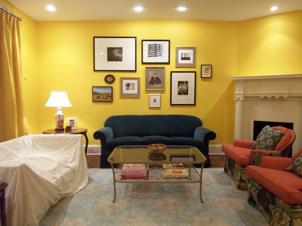 Stylish Yellow Painting Ideas For Living Room Photos 23