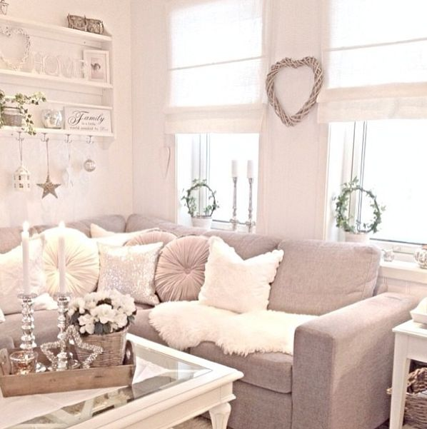 Cozy Shabby Chic Sofa Cream Living Room
