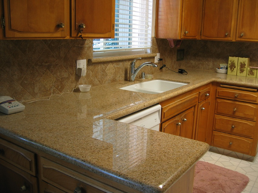 Gold Granite Kitchen Countertops Pic5