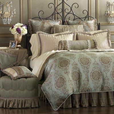 Luxury Bed Sheet Sets