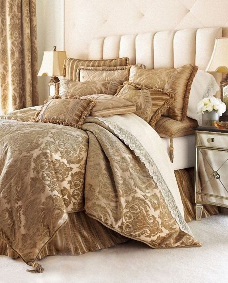 Luxury bed linens bedding sets for a beautiful home home for Designer bed pics