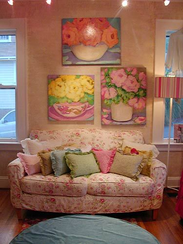 Shabby Chic Sofa Overstuffed Floral Design