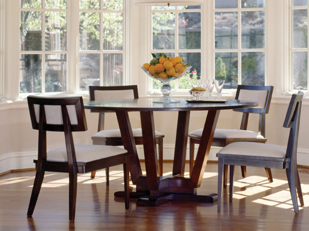 Simple Round Dining Room Table Pic2