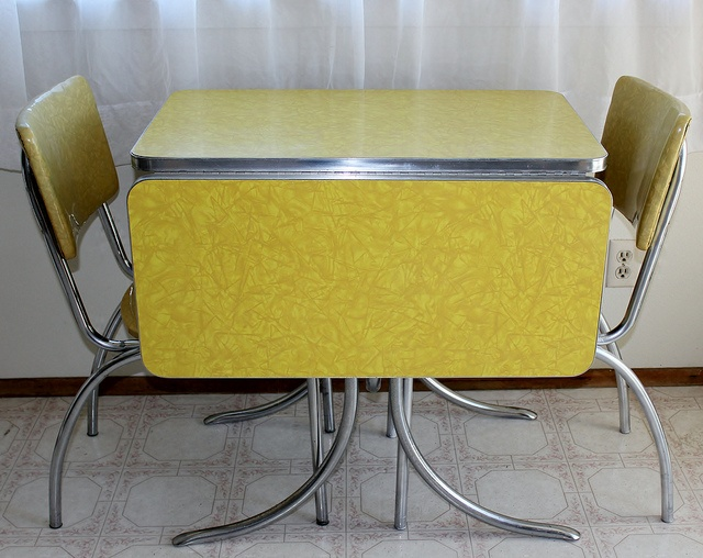 Dining Tables And Chairs Vintage Formica Retro Formica Table - Chrome and formica dinette sets