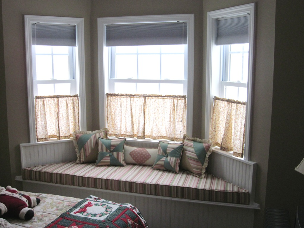 Best Window Treatments For Bay Windows Home Interior