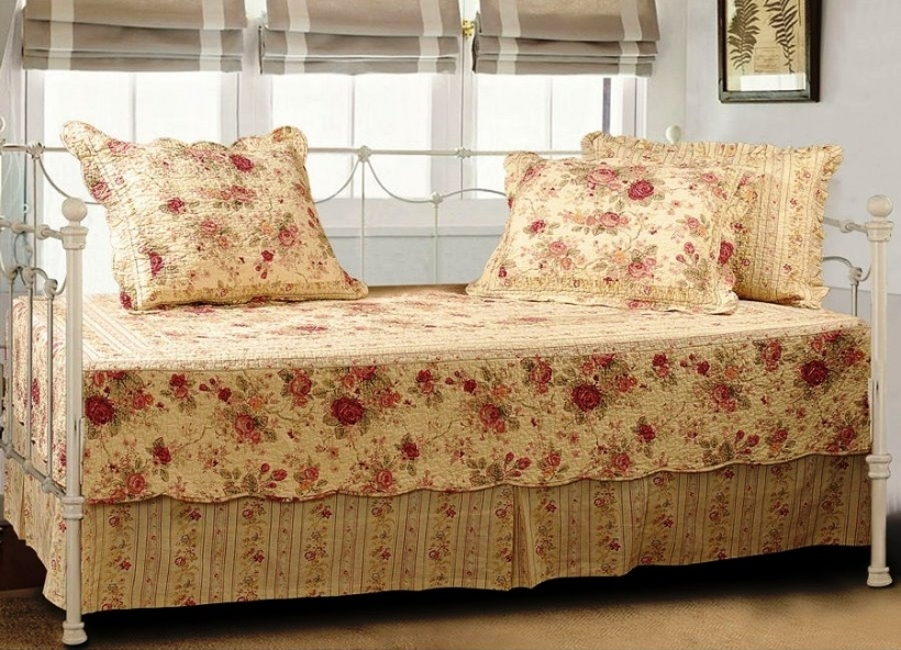 Attractive Daybed Mattress Cover Regarding Daybed Fitted Mattress Cover Waterproof Bedding Image