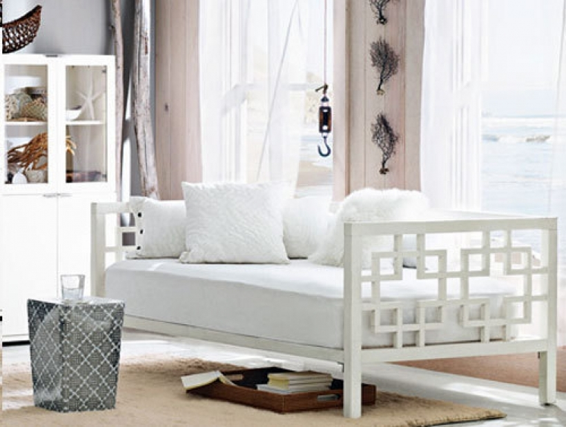 Marvelous Daybed Mattress Cover Inside With Trundle Styles And Features White Daybed Pic