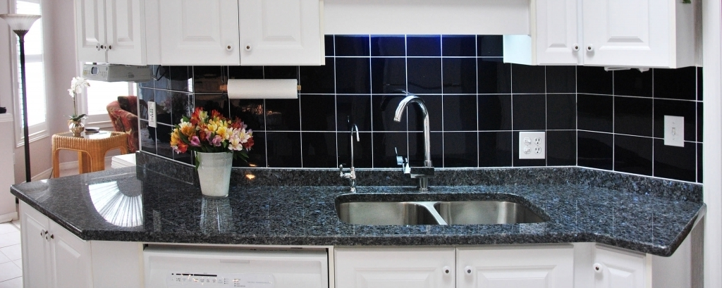 Stunning Blue Pearl Granite Countertop With Natural And Exotic Stone Design Pic