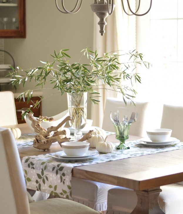 Dining Room Table Centerpieces With Delightful Green Leaves Accent Table Clothes Bamboo Centerpiece And Roots Decor On Hardwood Dining Table Photo