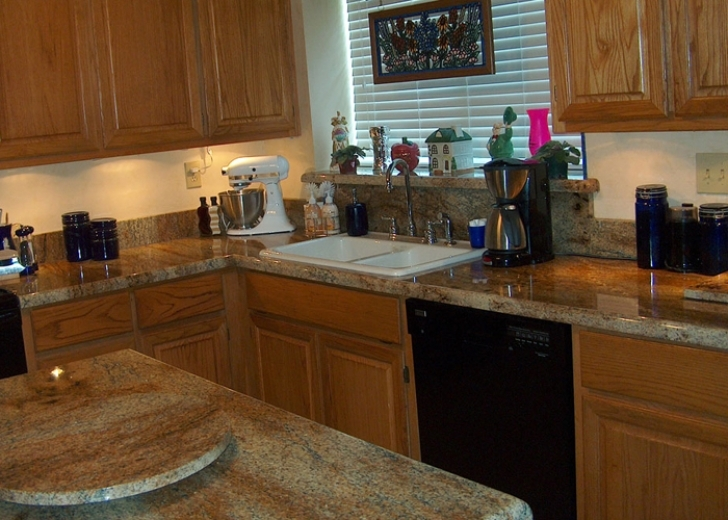 Golden Crystal Granite Countertops Pics 1486