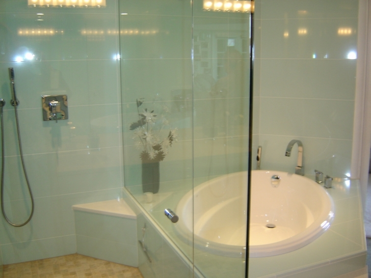 Walk In Tubs And Showers Regarding Walk In Shower Tub Ideas Pic