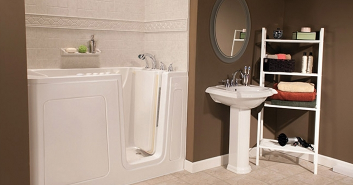 Walk In Tubs And Showers With Regard To Bathroom Decoration Ideas Pictures