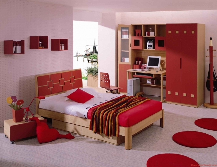 Paint Colors For Bedrooms With Light Wood Furniture Regarding Amazing Pink Painted Walls And Round Red Rugs On The Floor Pics