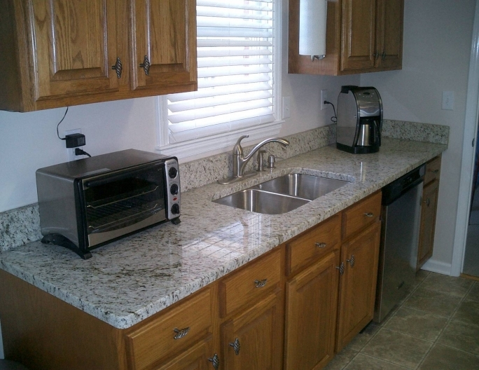 Beautiful Santa Cecilia Light Granite Kitchen Giallo Ornamental Granite Countertops Morehead City Picture