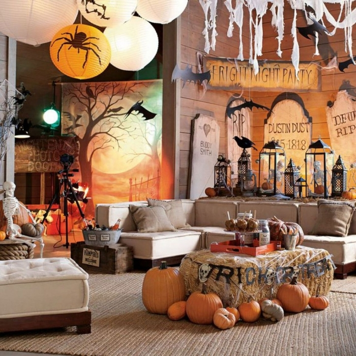 Fantastic Halloween Decoration Ideas For Party Within Budget Images