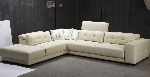 Contemporary Leather Sofa|Contemporary Leather Sofa|Contemporary Leather Sofas|Modern Leather Sofas| Living Room Decorating Pure White Sectional Sofa Ideas 23