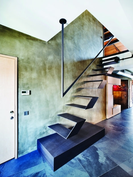 Floating Stair Case Istanbul Loft Photos