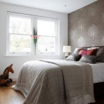 How to Decorate Small Bedroom to Comfortable and Relaxed