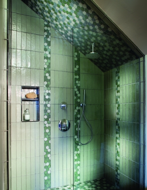 Oceanside Glass Tile Verical Design Pic
