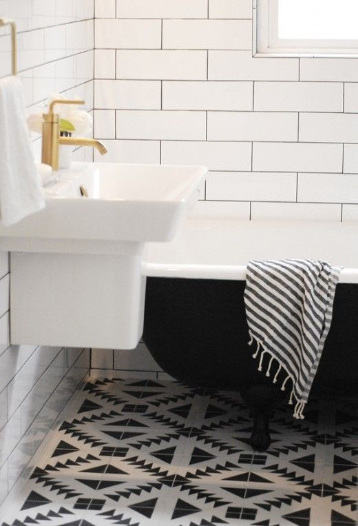Creative Bathroom Renovation Tile Ideas Balck and White
