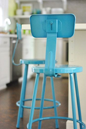 Peachy Ideas For Spray Painting Cheap Metal Bar Stools For Kitchen Beatyapartments Chair Design Images Beatyapartmentscom
