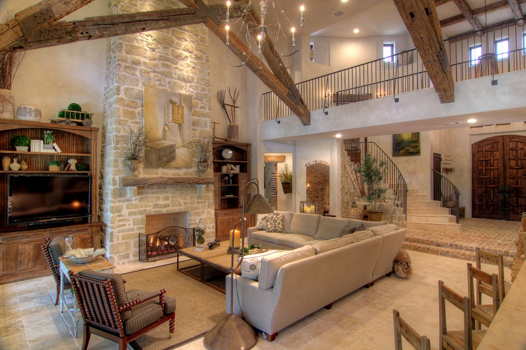 Tuscan Living Room Ideas For a Breezy Feel