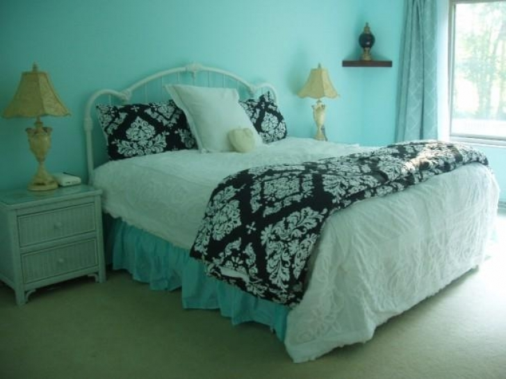 Excellent Tiffany Blue Paint Color Within Perfect Chic Tiffany Blue Bedroom Image