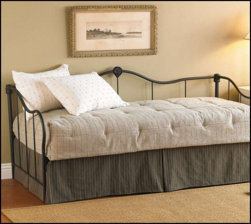 Stunning Daybed Mattress Cover Regarding Twin Daybed Mattress Picture