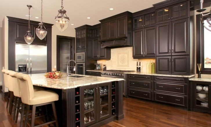 Chalk Paint Kitchen Cabinets In Chalk Paint On Kitchen Cabinets  Photo