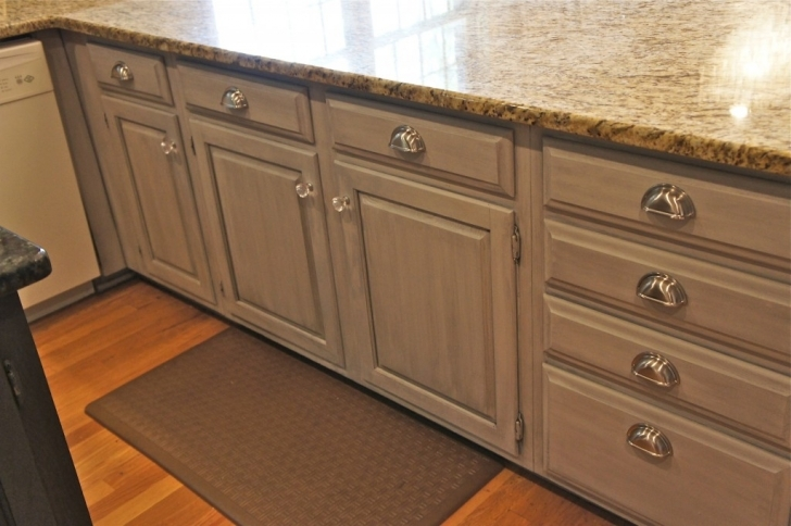 Chalk Paint Kitchen Cabinets Regarding Kitchen Cabinet And Knobs Image