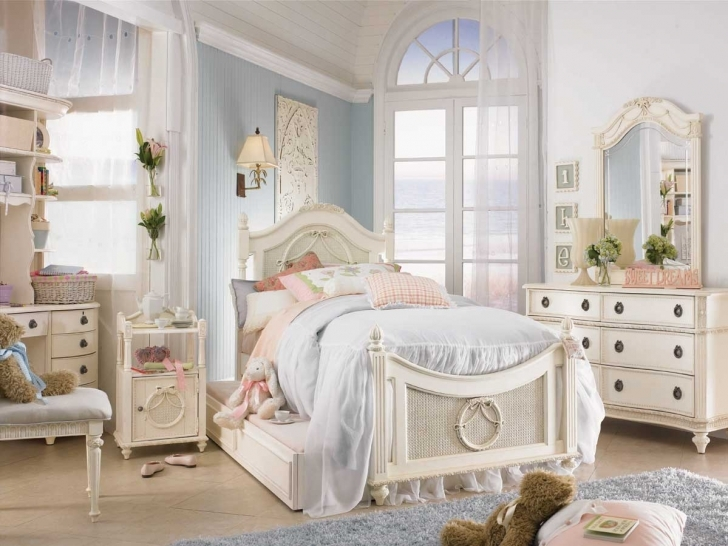 Classy Shabby Chic Bedroom Ideas Inside  Cheap Shabby Chic Bedroom Design Pics