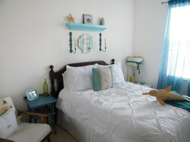 Extraordinary Beach Themed Bedroom Decor With Original Lindsay Milner Coastal Image