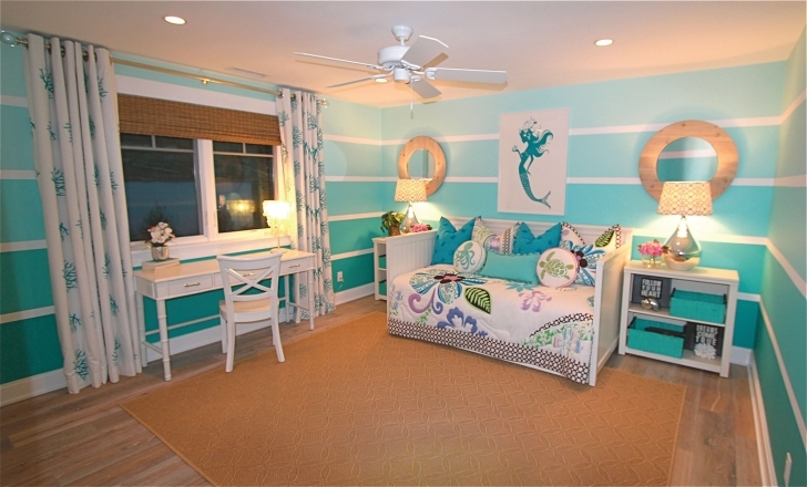 Extraordinary Beach Themed Bedroom Decor With Regard To Beach House Master Bedroom Decorating Inspirations Pics