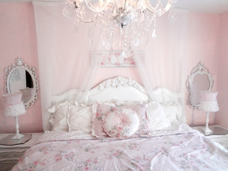 Fantastic Shabby Chic Bedroom Ideas Inside Chic Bedroom Ideas With Comfortable White Bed Pics