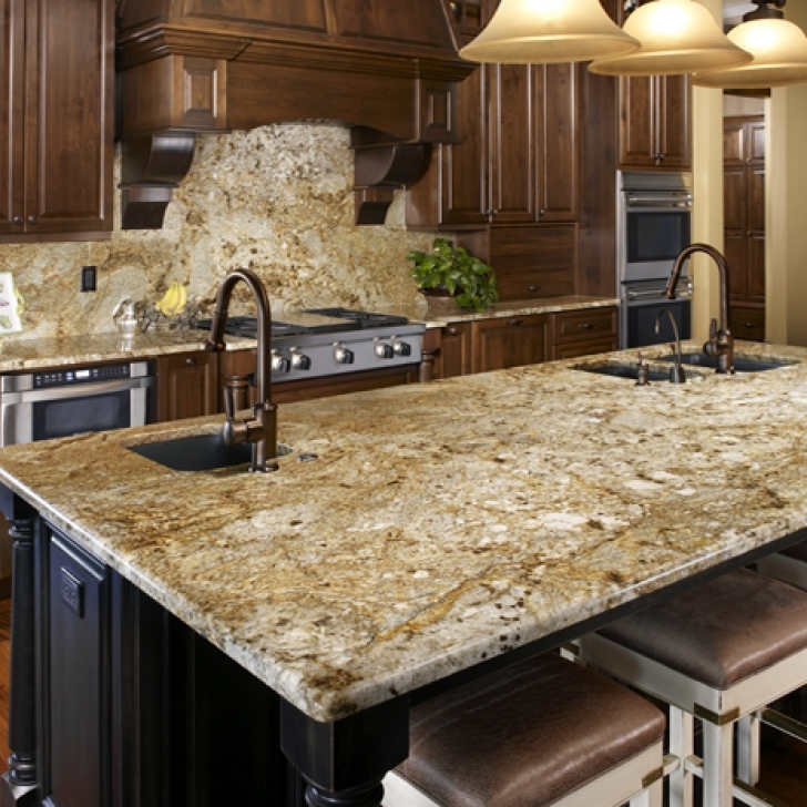 Golden Crystal Granite Countertops Backsplash 2170