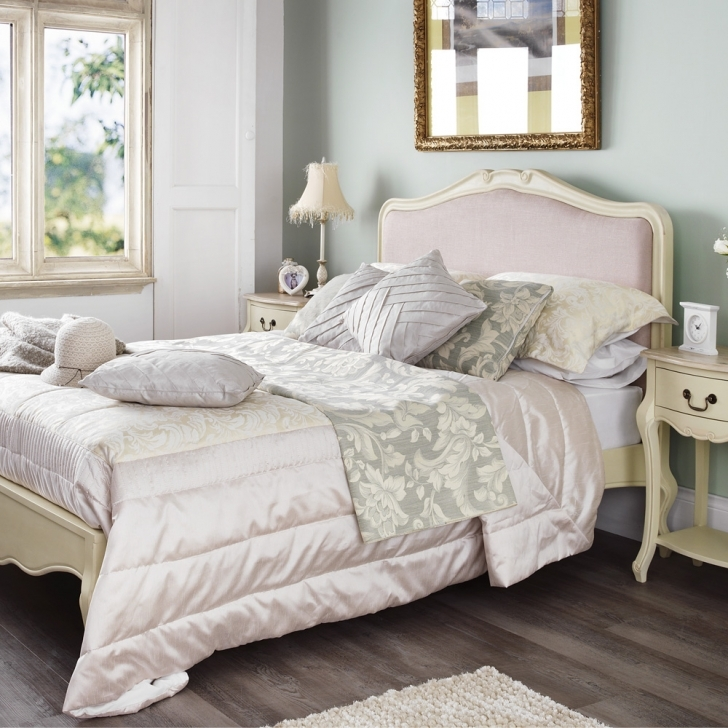 Incredible Shabby Chic Bedroom Ideas Inside Shaby Chic Bedroom Furniture Photo