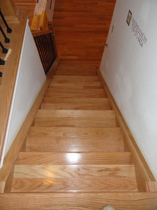 Oak Staircase Design Treads And Banister Photo