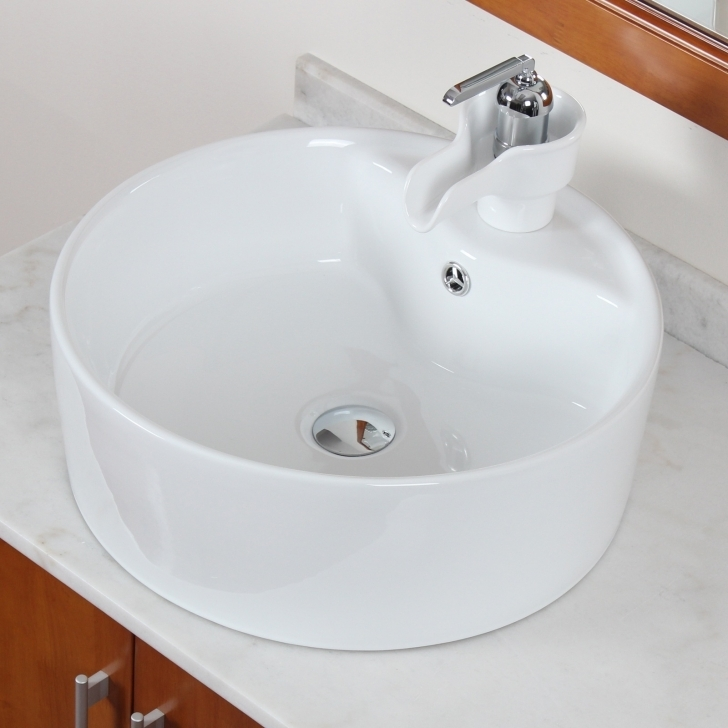 Toilet Sink Combo Inside Bathroom Round White Ceramic Sink Faucet Pictures
