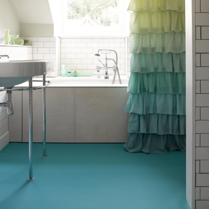 Bathroom Flooring Ideas Vinyl|Vinyl Bathroom Flooring Ideas} Regarding Amazing Design Ideas And Simple Bleu Color 593