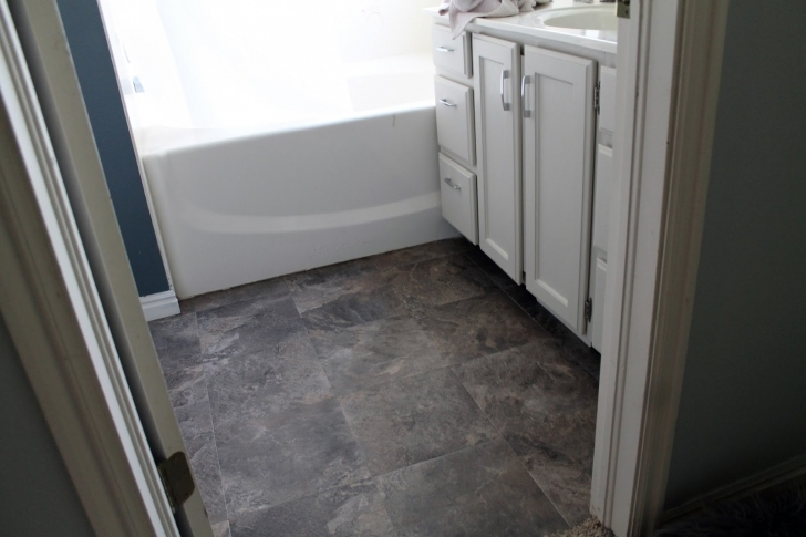 Bathroom Flooring Ideas Vinyl|Vinyl Bathroom Flooring Ideas} With Extraordinary Contemporary Bathroom Design Ideas 189
