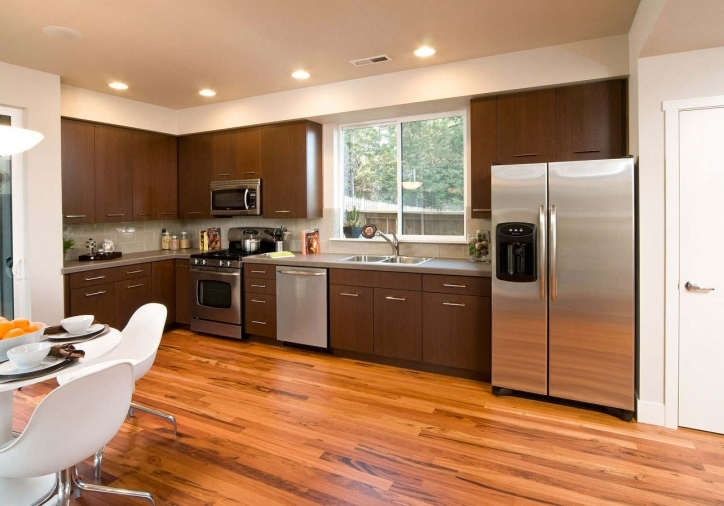 Kitchen Flooring Ideas Within Stylish Kitchen Flooring Ideas With Honey Oak Cabinets Picture787