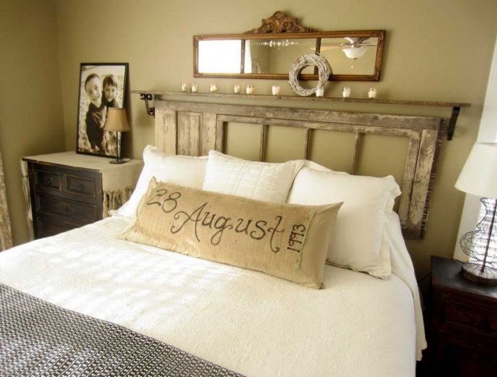 Rustic Bedroom Furniture Ideas Headboard With Mirror Wall Decoration 770