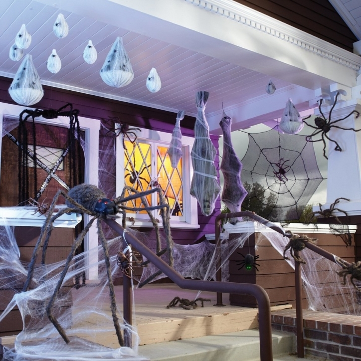 Amazing Halloween Decoration Ideas For Party Interior Design Black Grey Spider Doll And White Spider Web Added By White Scary Ghost Image