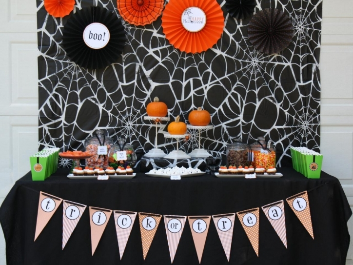 Amazing Halloween Decoration Ideas For Party Original Korinne Seel Halloween Pumpkin Carving Party Table Images