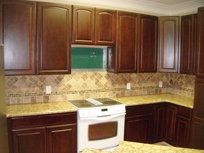 Extraordinary ST Cecilia Light Granite Kitchen Tile Ideas Photos