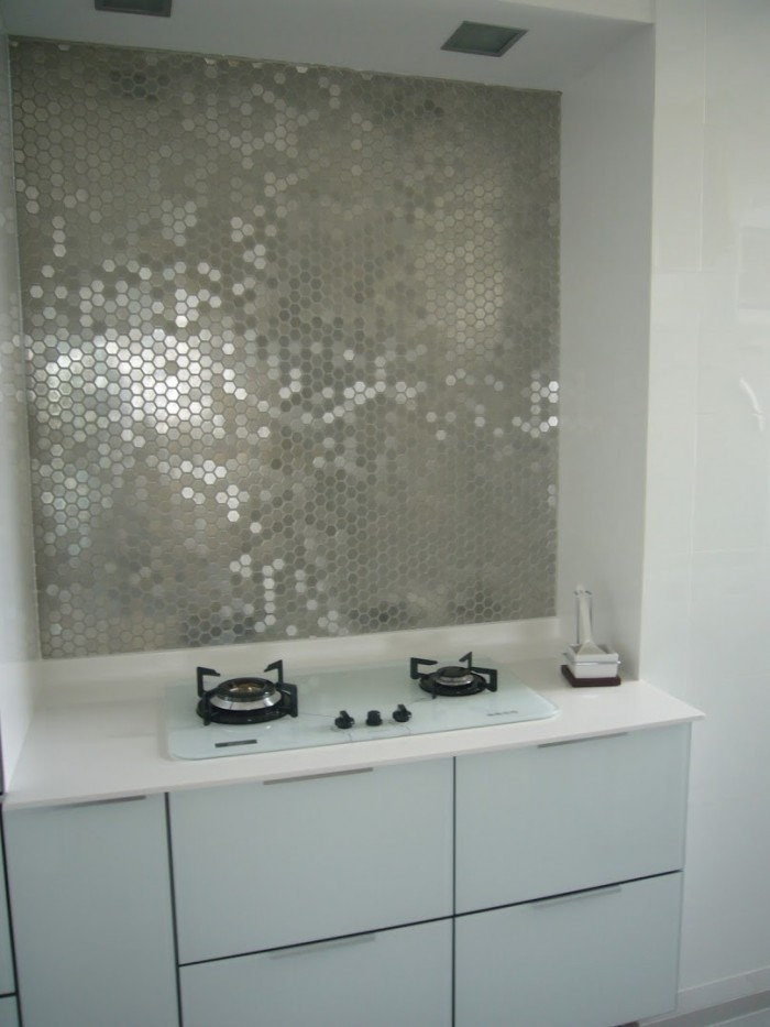 Metallic Mirrored Backsplash Tile For Kitchen