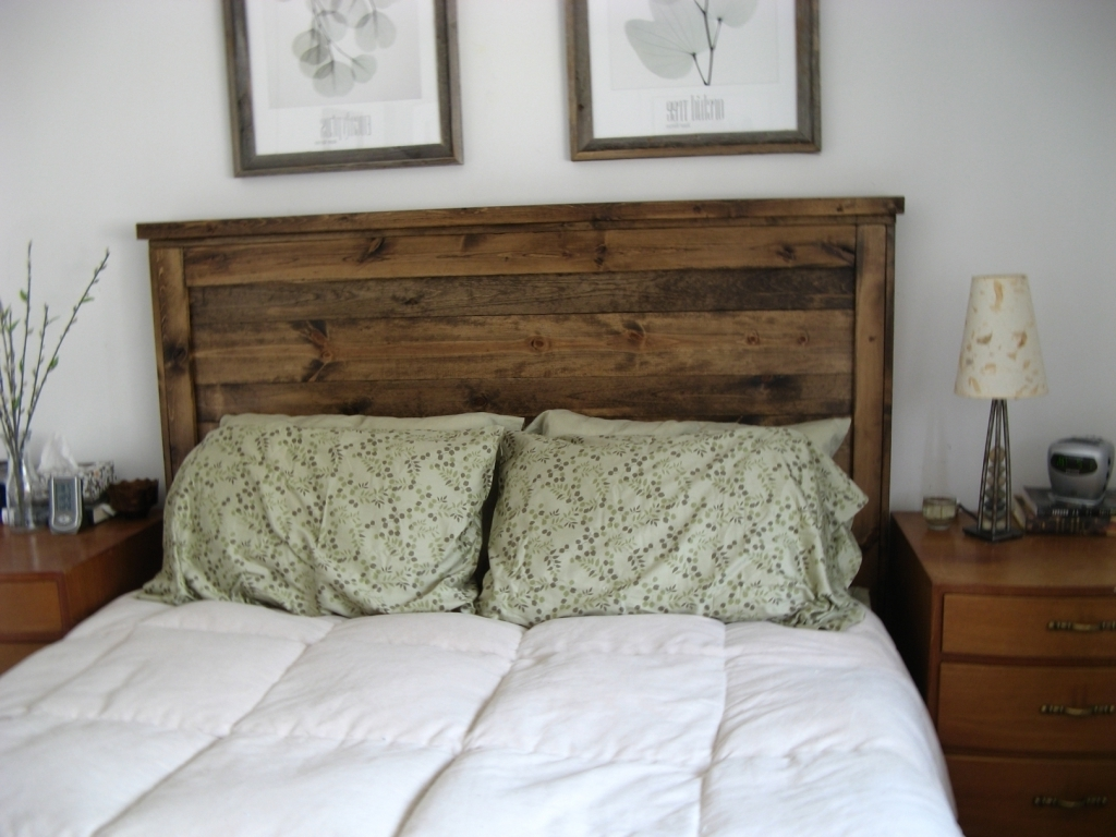 Awesome Wood Headboard Designs With Comfortable Bed Two Pillows Images