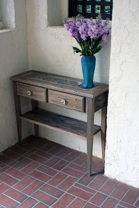 Stylish Small Entry Table Ideas